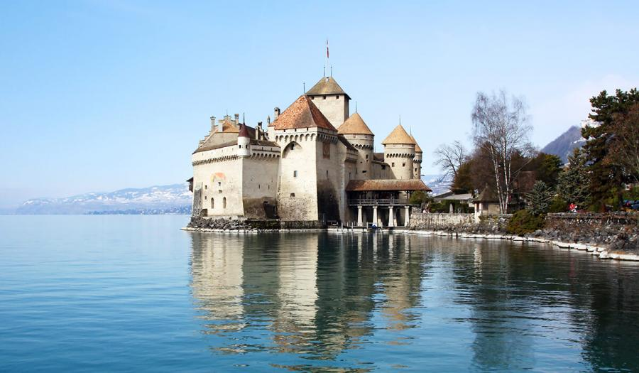 prettiest lakes in europe lake geneva