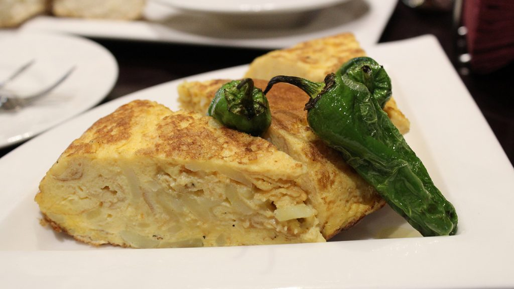 Omelette with jalapenos