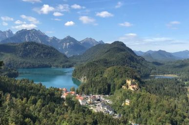 Adventure in the Alps: Escorted Touring vs. Independent Travel