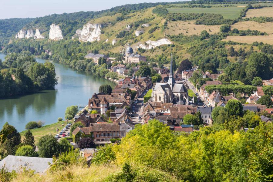seine river cruise les andelys normandy