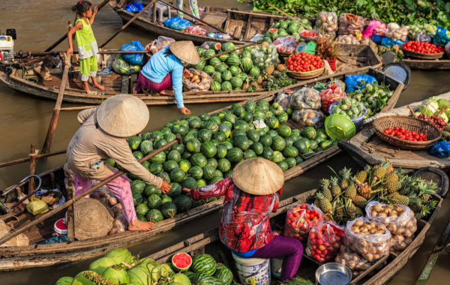 best places to visit in vietnam floating market