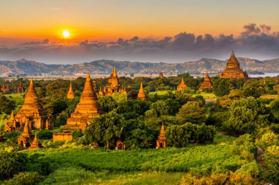 Asian river cruises bagan temples burma