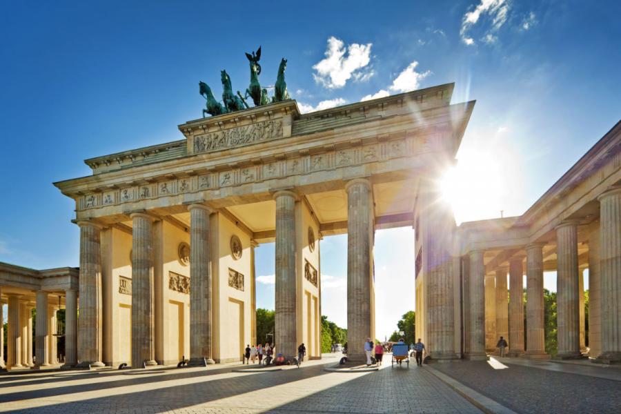 most romantic cities in europe brandenburg gate berlin