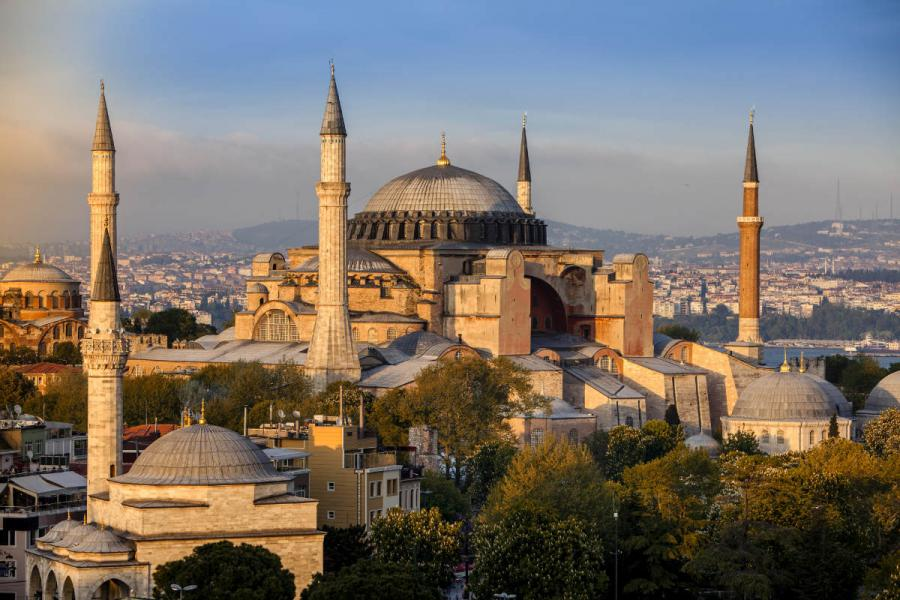 famous cathedrals hagia sophia istanbul