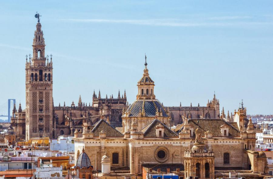 famous cathedrals seville cathedral