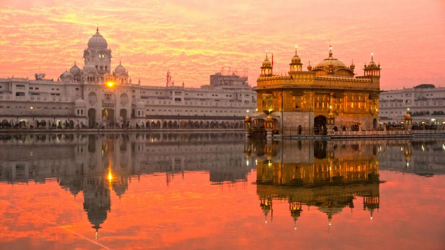 famous temples golden temple of amritsar