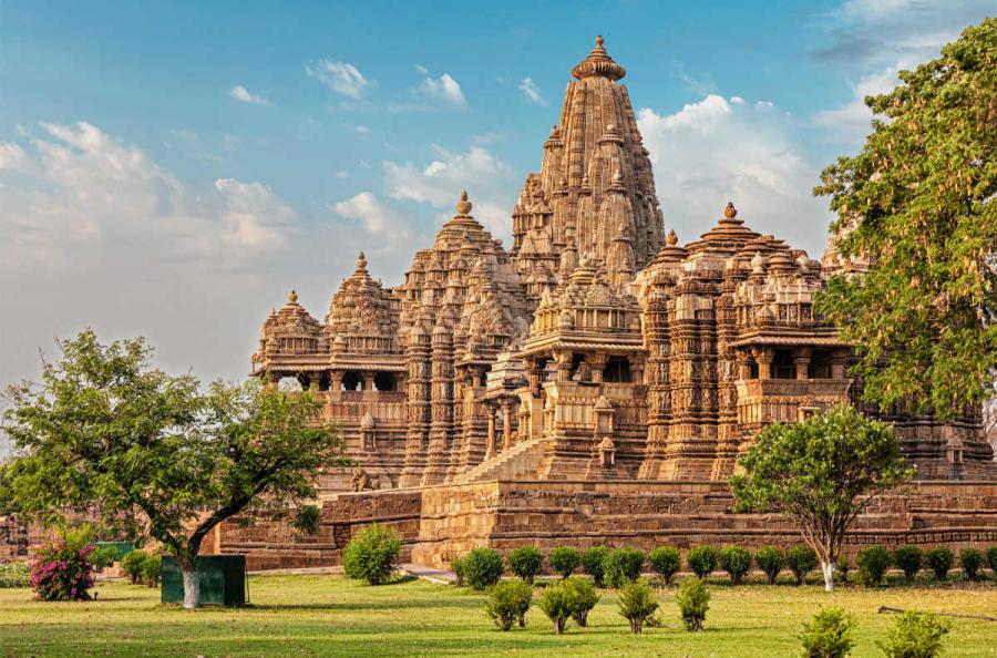 famous temples khajuraho temples madhya pradesh india