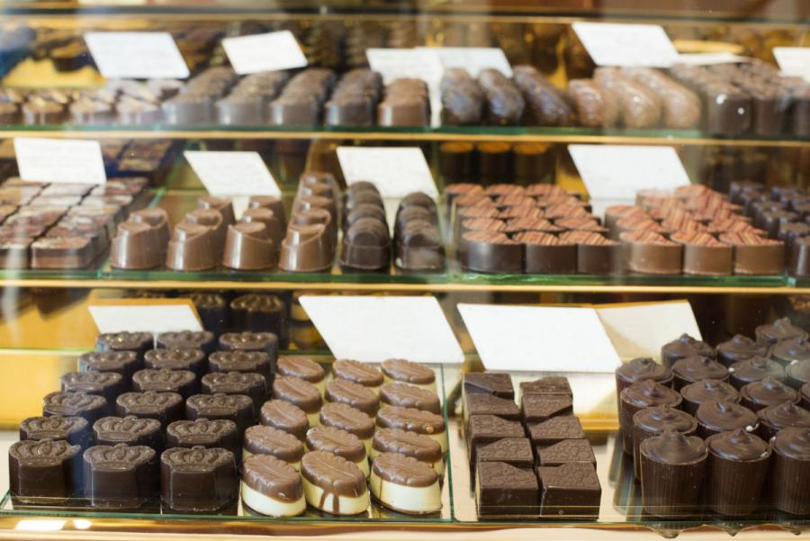 what to do in bruges in one day bruges chocolates