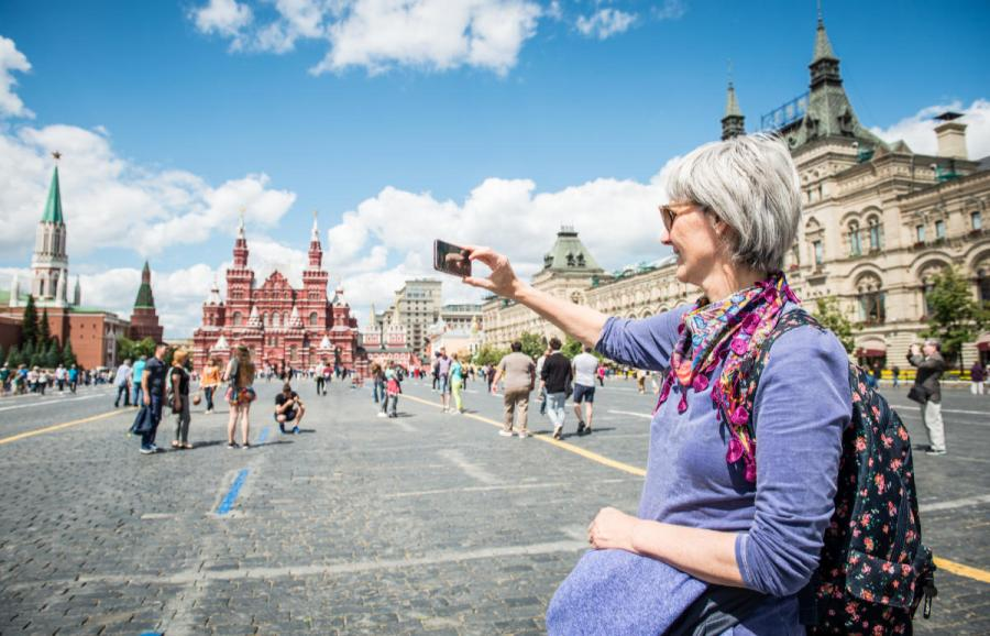 river cruises for singles woman in red square moscow