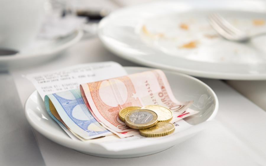 Tipping in Europe restaurant meal
