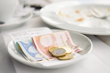 Guide to Tipping in Europe, Asia, the US and Around the World