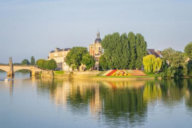 What to Expect on a Rhône River Cruise
