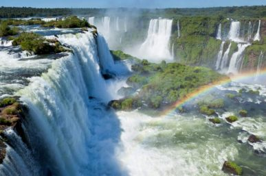 10 of the World's Most Famous Waterfalls