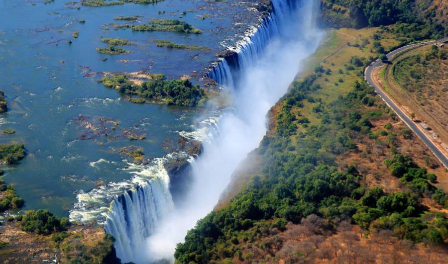 famus waterfalls victoria falls