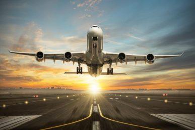 Expert Travel Tips to Beat Jet Lag Symptoms