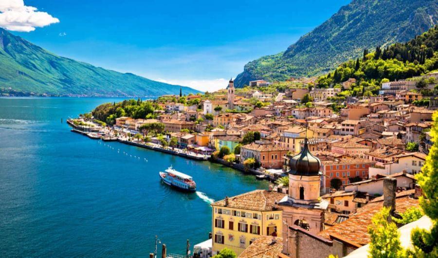 italian lakes Lake Garda