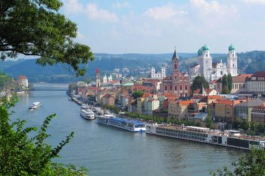 River Cruise Guide – 15 Reasons for Choosing River Cruising