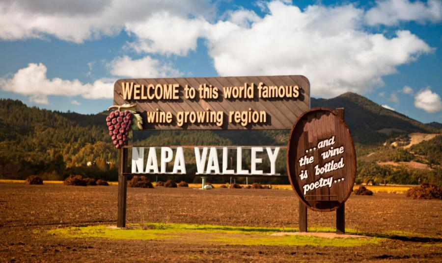 wine tasting tours napa welcome sign california