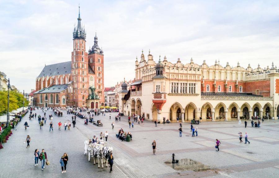 krakow tours market square krakow