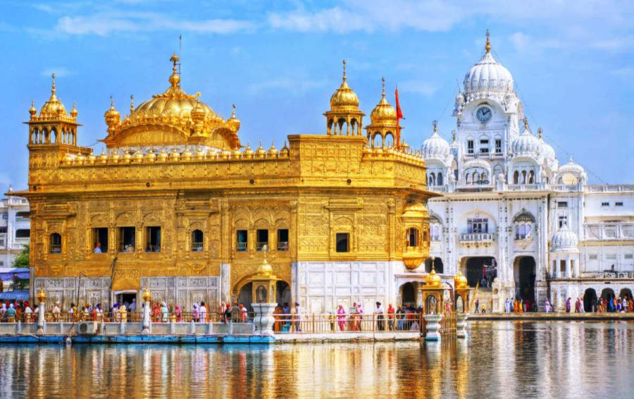 things to do in india golden temple at amritsar