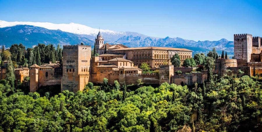 famous castles alhambra