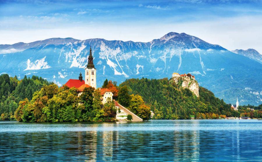 famous castles lake bled