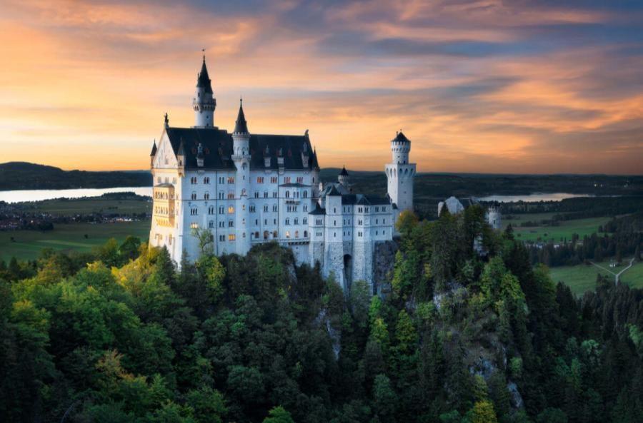 famouse castles neushwanstein castle