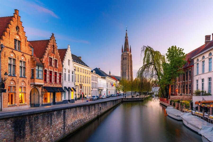 places to visit bruges