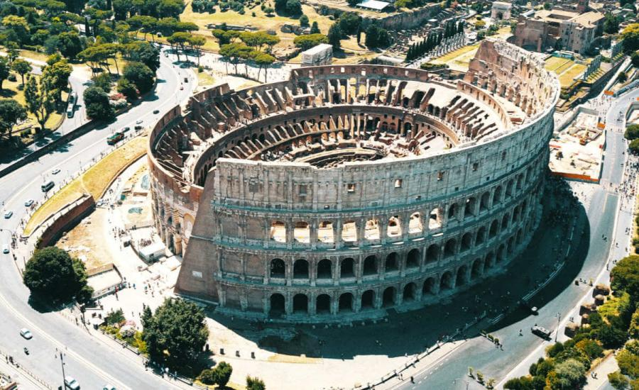 roman ruins colosseum