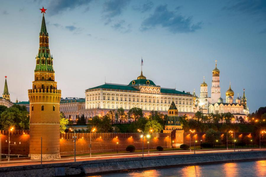 russia river cruises kremlin