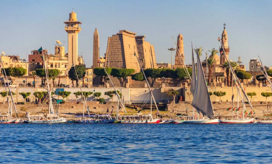nile river cruise luxor temple