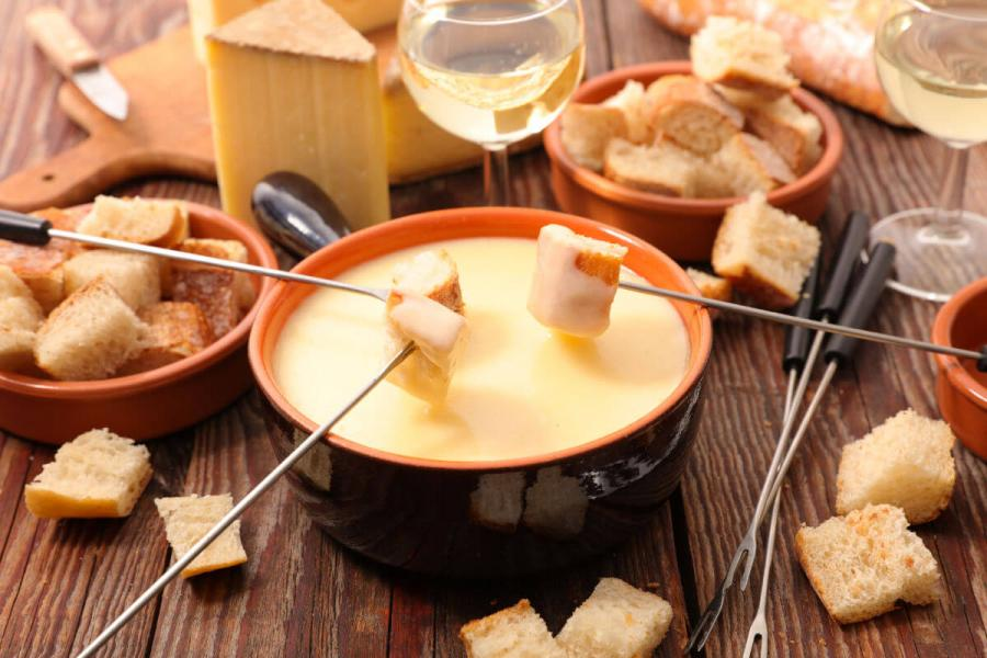 best places to visit in switzerland cheese fondue
