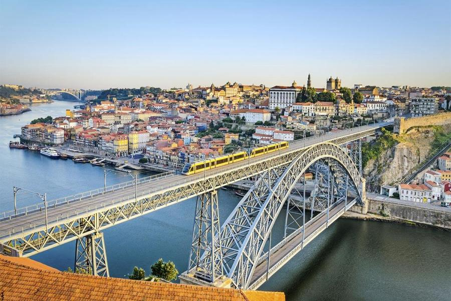 summer cruise porto portugal