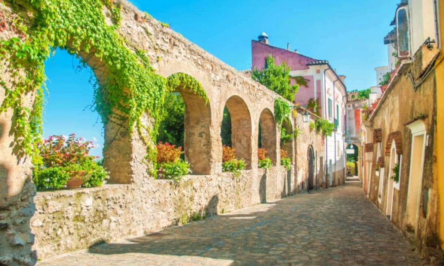 visit amalfi coast ravello