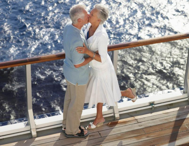 what to wear on a cruise casual evenings