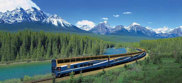 Experience the magnificent Rocky Mountains on the luxury Rocky Mountaineer train