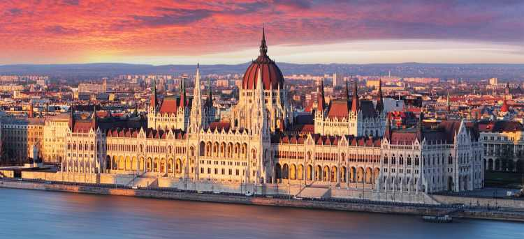 Hungarian Parliament Building, Budapest | Danube river | Rivera Travel River Cruise | The Blue Danube